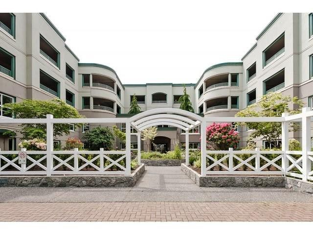 Main Photo: # 402 1725 128TH ST in Surrey: Crescent Bch Ocean Pk. Condo for sale (South Surrey White Rock)  : MLS®# F1441077