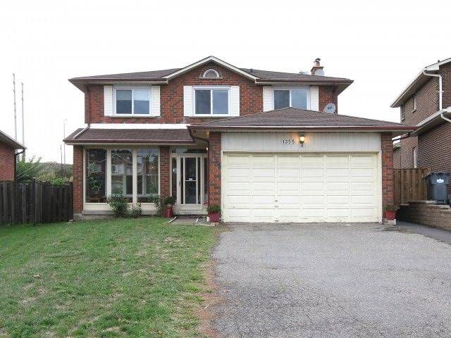 Main Photo: 1355 Underwood Dr in Mississauga: Rathwood Freehold for sale : MLS®# W3617859