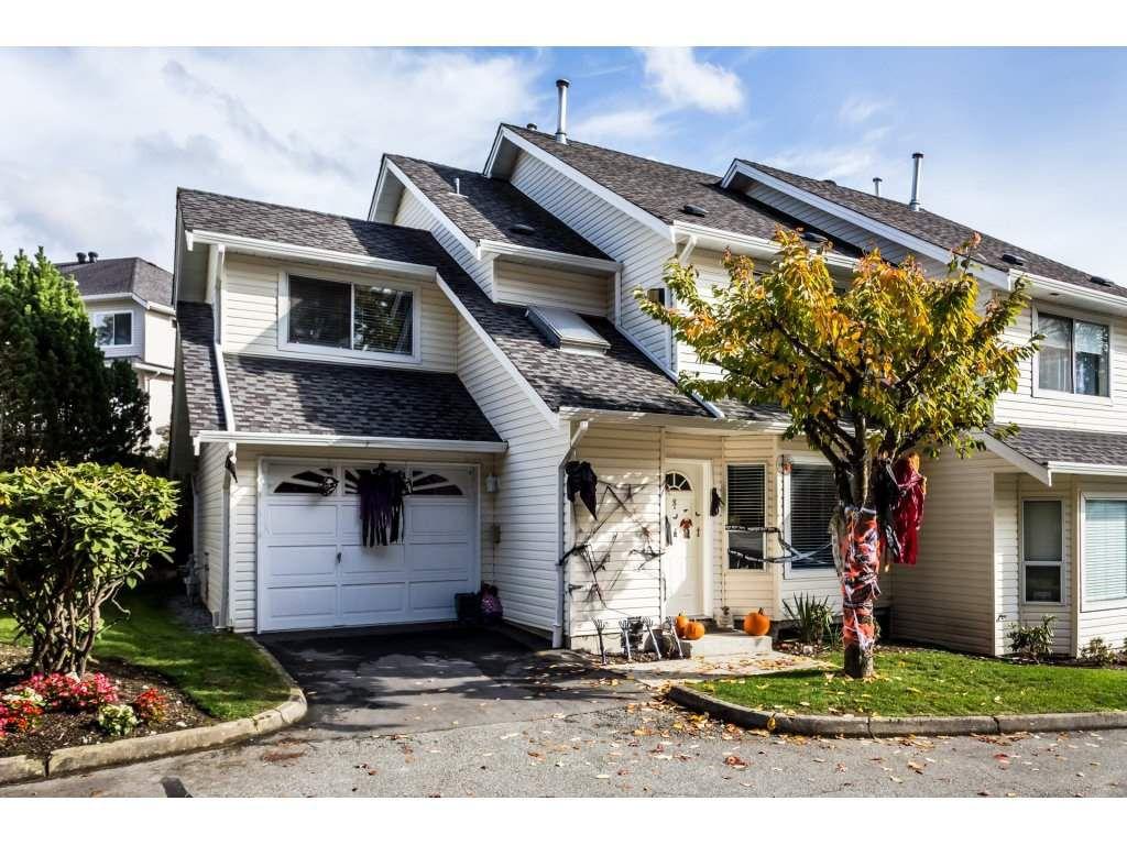 Main Photo: 8 11588 232 STREET in Maple Ridge: Cottonwood MR Townhouse for sale : MLS®# R2318023