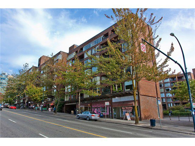 """Main Photo: 512 1330 BURRARD Street in Vancouver: Downtown VW Condo for sale in """"ANCHOR POINT"""" (Vancouver West)  : MLS®# V974017"""