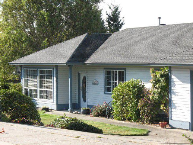 "Main Photo: 5641 EMERSON Road in Sechelt: Sechelt District House for sale in ""WEST SECHELT"" (Sunshine Coast)  : MLS®# V979294"
