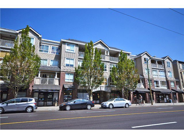"Main Photo: 312 3333 W 4TH Avenue in Vancouver: Kitsilano Condo for sale in ""Kits"" (Vancouver West)  : MLS®# V1019355"