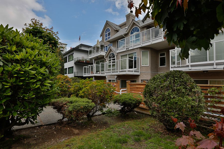 Main Photo: #201 1265 W. 11th Ave in Vancouver: Fairview VW Condo for sale (Vancouver West)  : MLS®# V904932