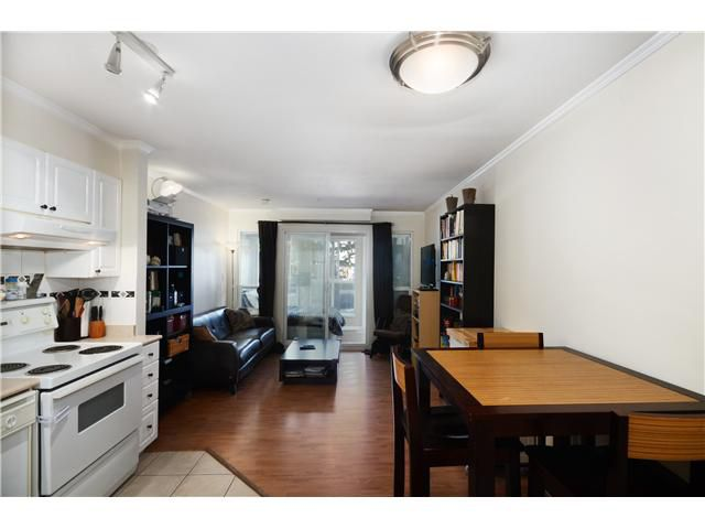 Main Photo: 212 760 KINGSWAY Avenue in Vancouver: Fraser VE Condo for sale (Vancouver East)  : MLS®# V1026432