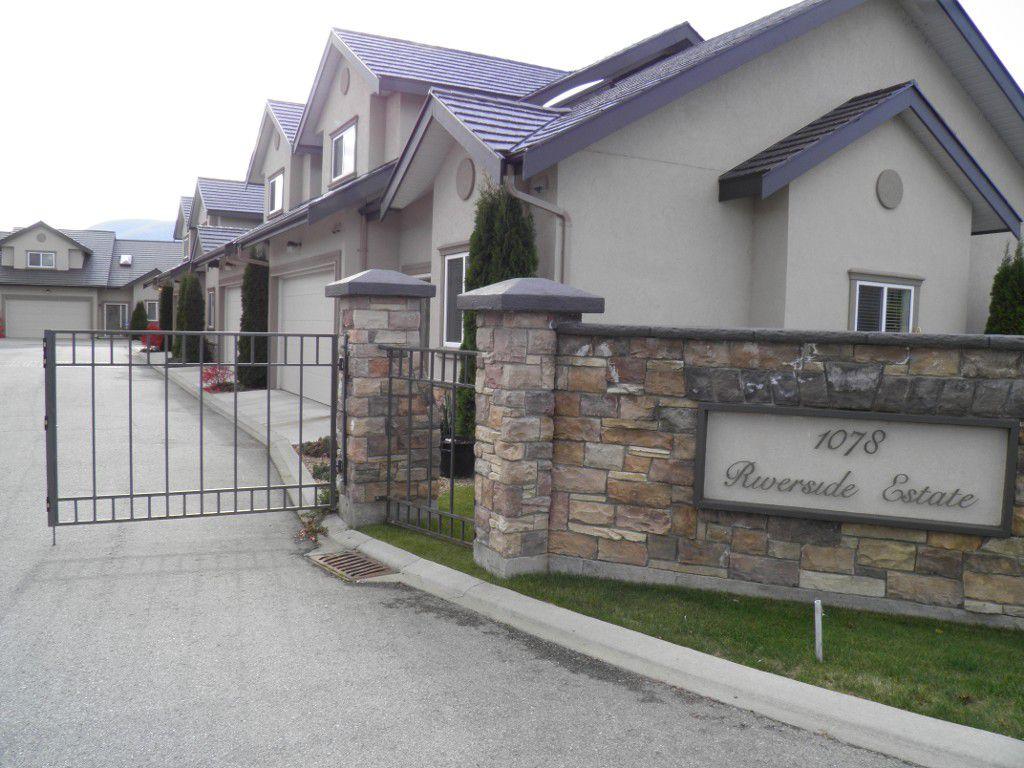 Main Photo: 102 1078 Burnaby Avenue in Penticton: House  : MLS®# 143019