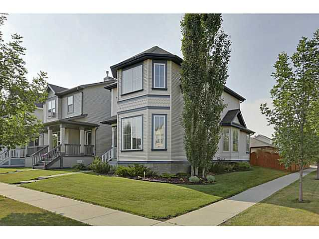 Main Photo: 123 PRESTWICK Lane SE in CALGARY: McKenzie Towne Residential Detached Single Family for sale (Calgary)  : MLS®# C3627204
