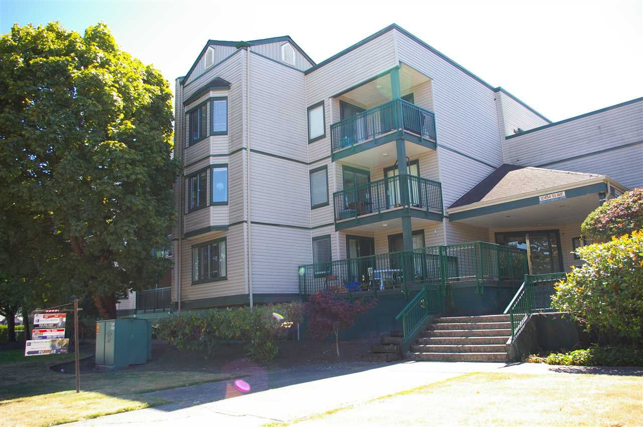 Main Photo: 108 20454 53 AVENUE in : Langley City Condo for sale : MLS®# R2199936