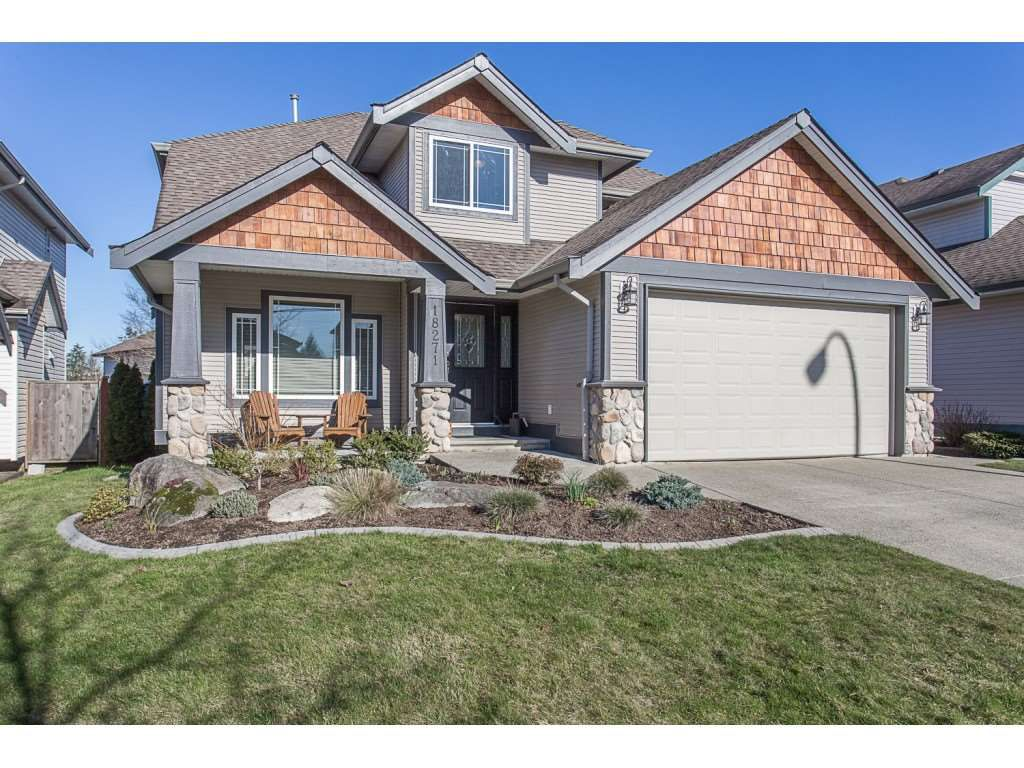 Main Photo: 18271 68TH AVENUE in : Cloverdale BC House for sale : MLS®# R2238966
