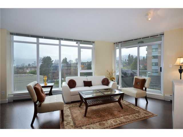 """Main Photo: 402 175 W 2ND Street in North Vancouver: Lower Lonsdale Condo for sale in """"VENTANA"""" : MLS®# V933531"""