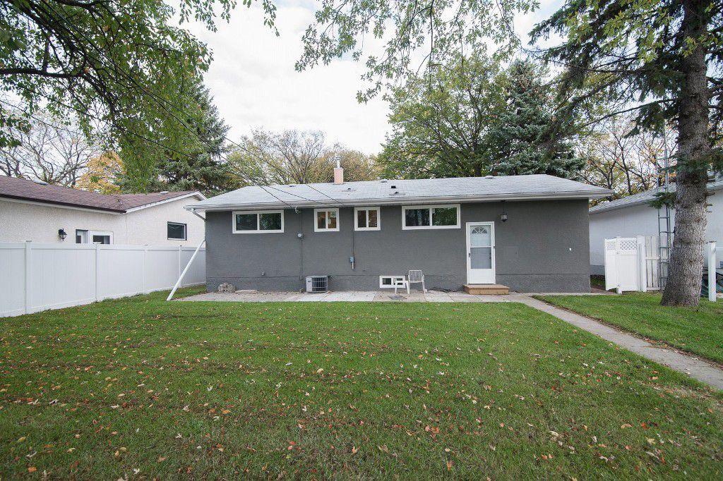 Photo 24: Photos: 857 Borebank Street in Winnipeg: Single Family Detached for sale : MLS®# 1424441