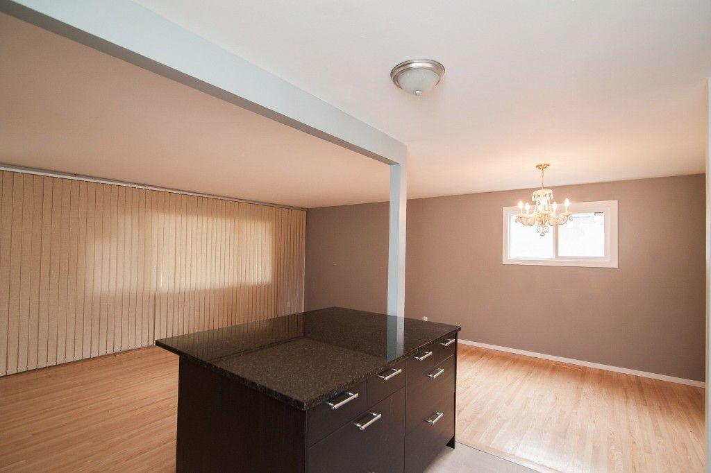 Photo 9: Photos: 857 Borebank Street in Winnipeg: Single Family Detached for sale : MLS®# 1424441