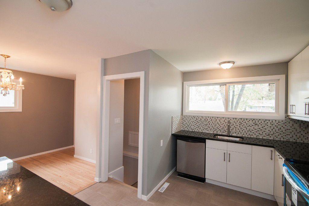 Photo 6: Photos: 857 Borebank Street in Winnipeg: Single Family Detached for sale : MLS®# 1424441
