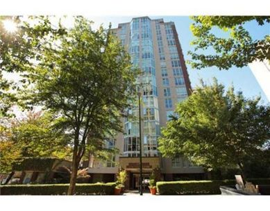 Main Photo: 1704 1010 Burnaby St. in Vancouver: Condo for sale : MLS®# v1073932