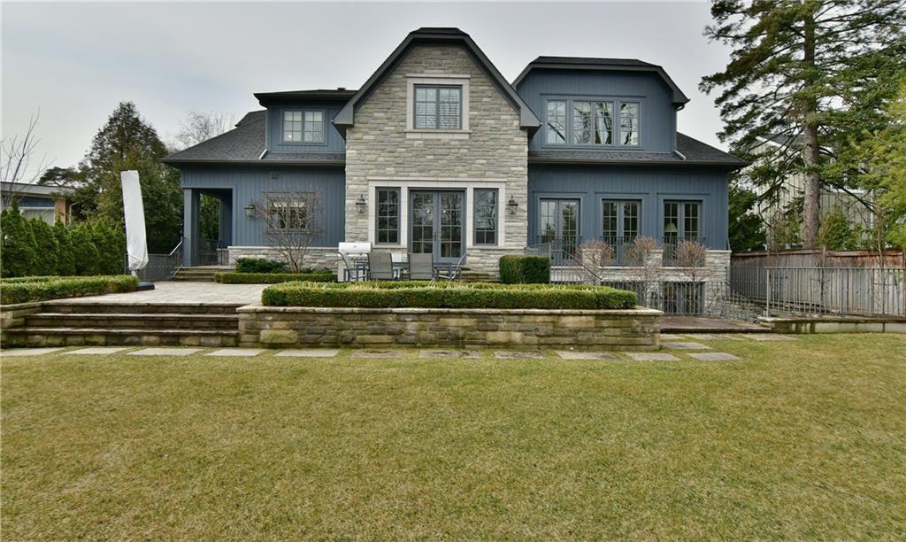 Main Photo: 399 Maple Grove Dr in : 1006 - FD Ford FRH for sale (Oakville)  : MLS®# 30576216