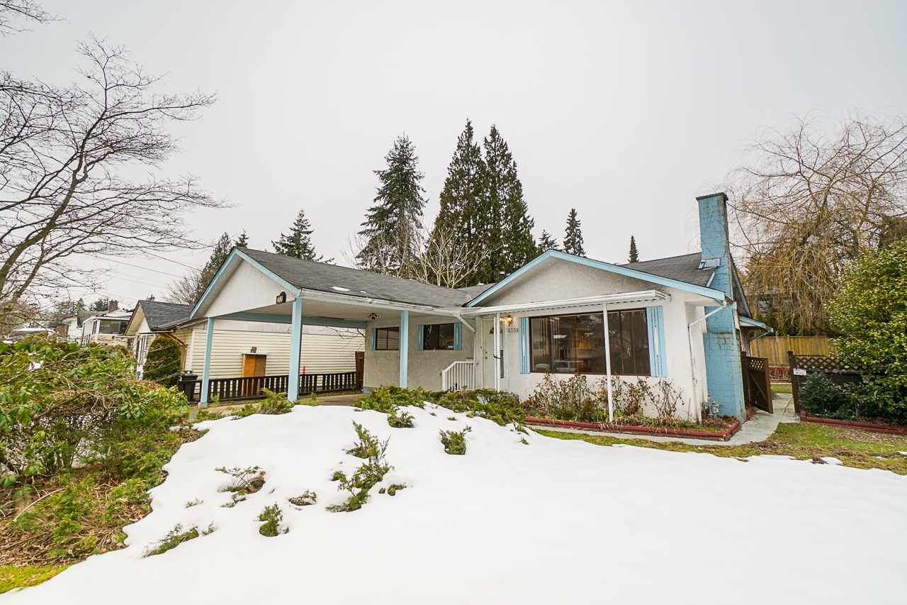 Main Photo: 2339 WARRENTON AVENUE in Coquitlam: Central Coquitlam House for sale : MLS®# R2346199