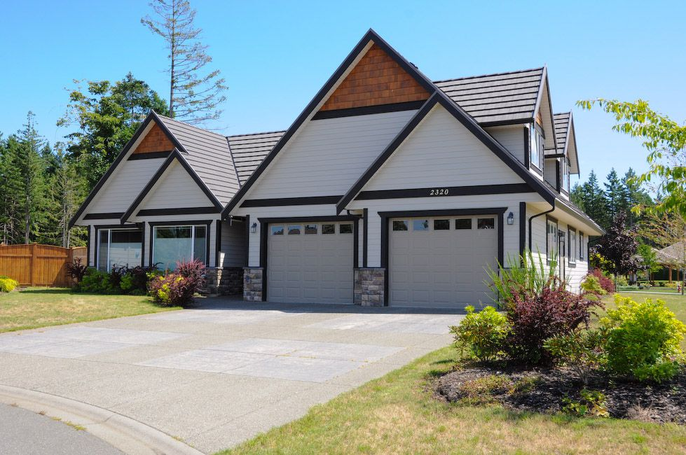 Main Photo: 2320 SUFFOLK Crescent in COURTENAY: Z2 Crown Isle House for sale (Zone 2 - Comox Valley)  : MLS®# 329669