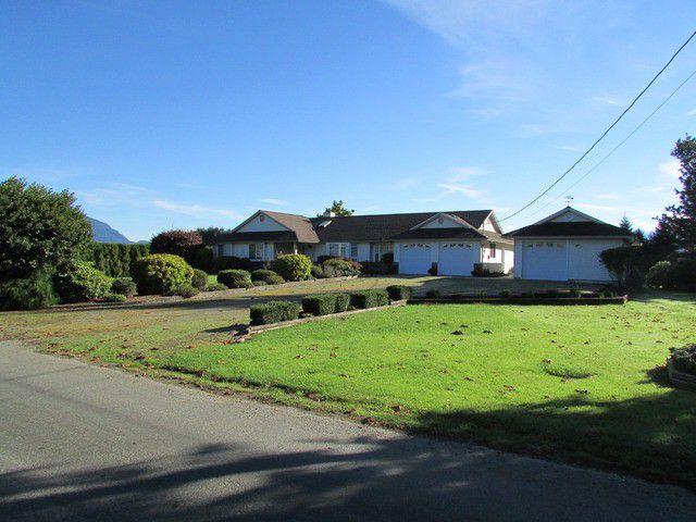 Main Photo: 8666 DEROCHE LANDING RD in Mission: Dewdney Deroche House for sale : MLS®# F1322956