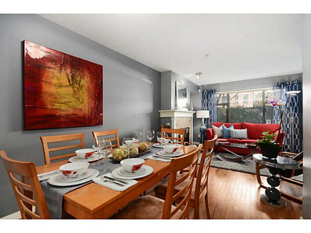 Main Photo: # 102 2226 W 12TH AV in Vancouver: Kitsilano Condo for sale (Vancouver West)  : MLS®# V1053469