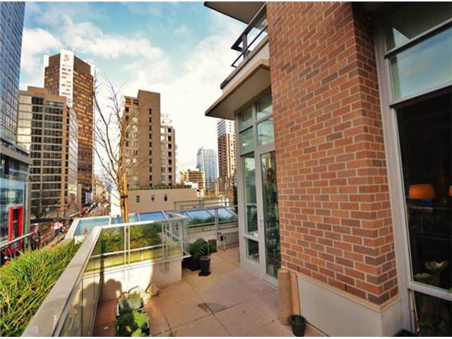 "Main Photo: # 503 565 SMITHE ST in Vancouver: Downtown VW Condo for sale in ""VITA"" (Vancouver West)  : MLS®# V1015337"