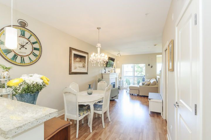 Main Photo: 210 4458 ALBERT STREET in Burnaby: Vancouver Heights Townhouse for sale (Burnaby North)  : MLS®# R2087161