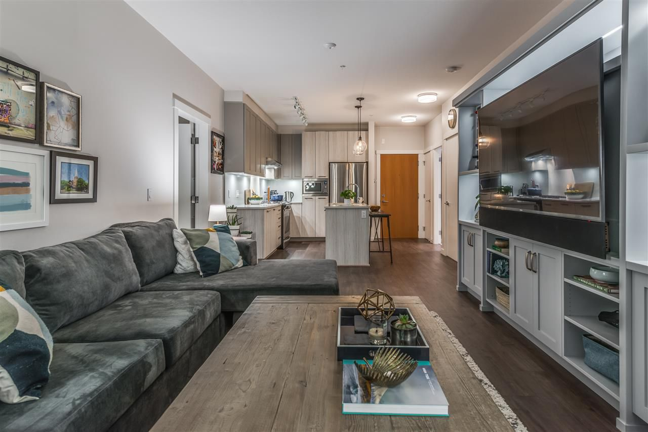 Main Photo: 209 123 W 1ST STREET in : Lower Lonsdale Condo for sale : MLS®# R2221977