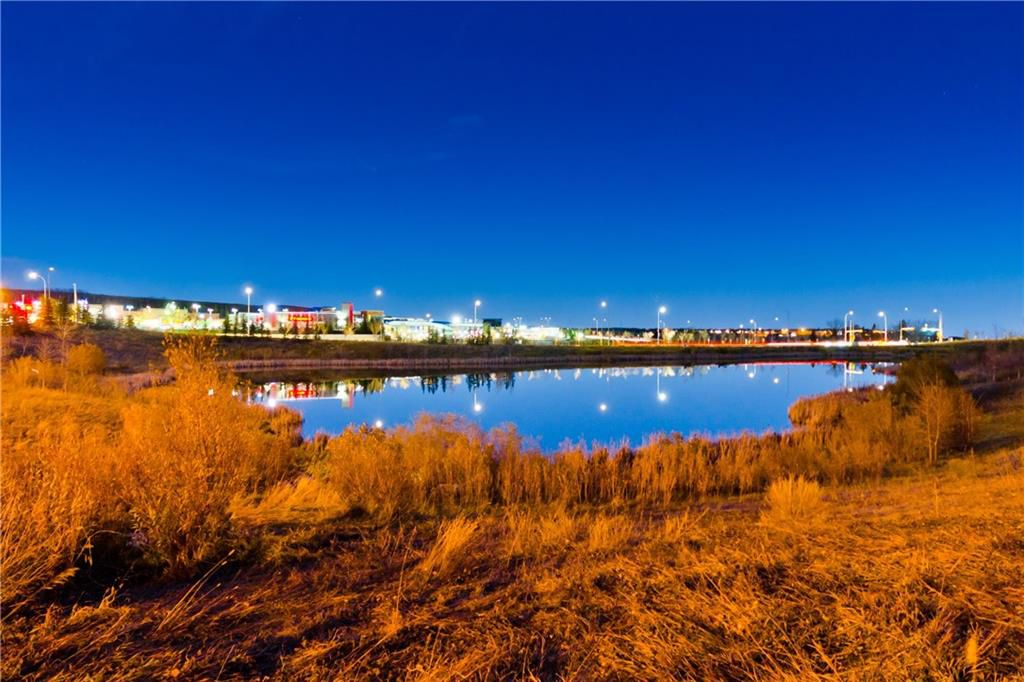Main Photo: #423 35 ASPENMONT HT SW in Calgary: Aspen Woods Condo for sale : MLS®# C4207910