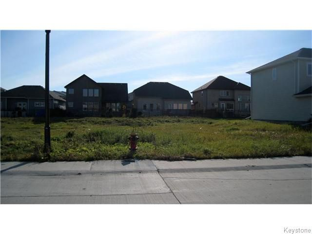 Main Photo: 10 Rooke Avenue in Winnipeg: Vacant Land for sale (Waverley West)  : MLS®# 1600070
