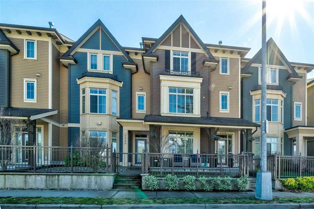 Main Photo: 5566 Chinook St in Sardis: Vedder S Watson-Promontory Condo for sale : MLS®# r2353993