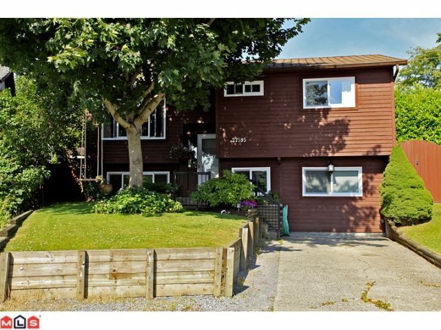 """Main Photo: 27595 31B Avenue in Langley: Aldergrove Langley House for sale in """"Parkside"""" : MLS®# F1218470"""