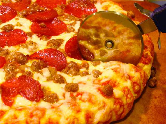Calgary Pizza & Sports Pub For Sale   Listing #196   robcampbell.ca