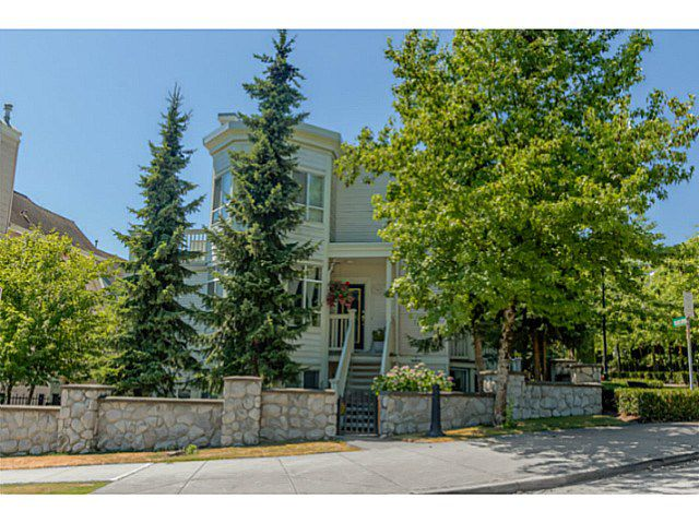 Main Photo: 7401 MAGNOLIA TE in Burnaby: Highgate Townhouse for sale (Burnaby South)  : MLS®# V1131731