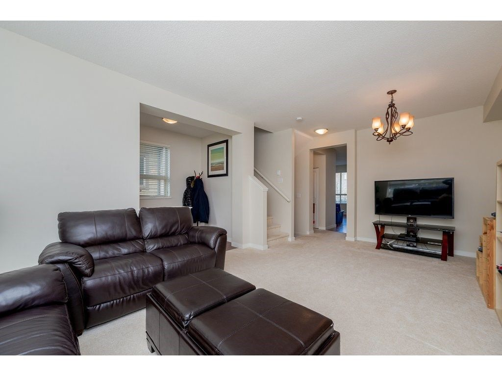 Photo 4: Photos: 26 2738 158 STREET in Surrey: Grandview Surrey Townhouse for sale (South Surrey White Rock)  : MLS®# R2258929
