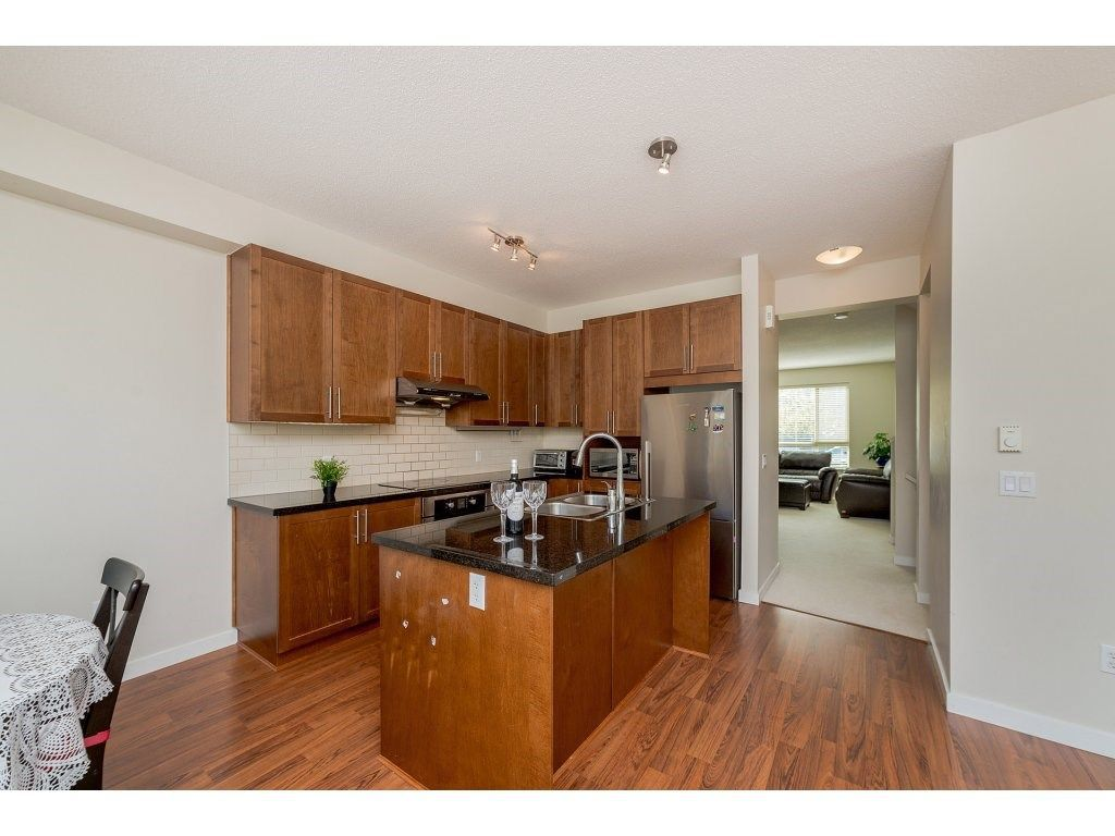 Photo 6: Photos: 26 2738 158 STREET in Surrey: Grandview Surrey Townhouse for sale (South Surrey White Rock)  : MLS®# R2258929