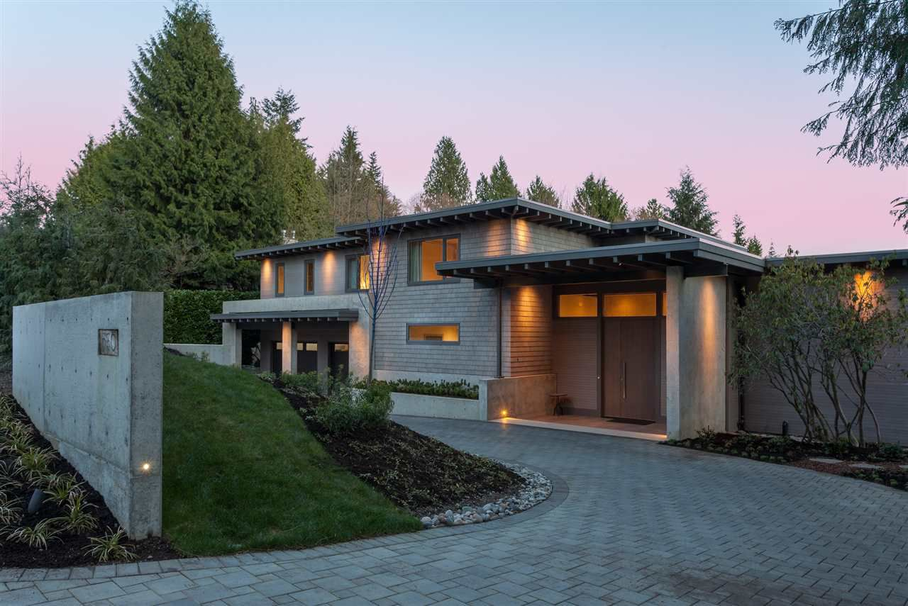 Main Photo: 530 EASTCOT ROAD in West Vancouver: British Properties House for sale : MLS®# R2113165