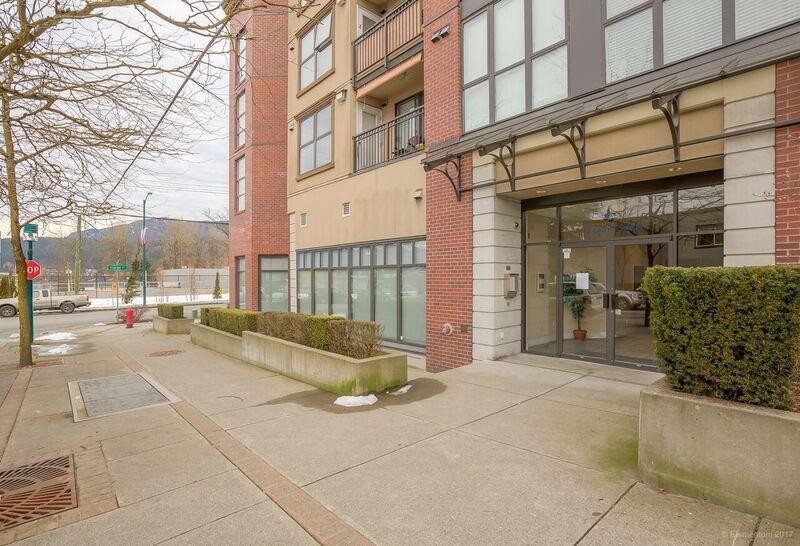 Main Photo: 4016 84 GRANT STREET in Port Moody: Port Moody Centre Condo for sale : MLS®# R2139134