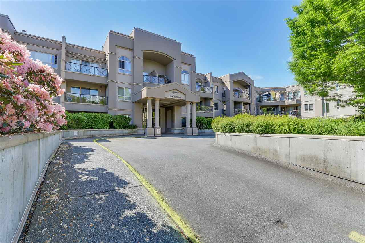 Main Photo: 303 2109 ROWLAND STREET in Port Coquitlam: Central Pt Coquitlam Condo for sale : MLS®# R2105727