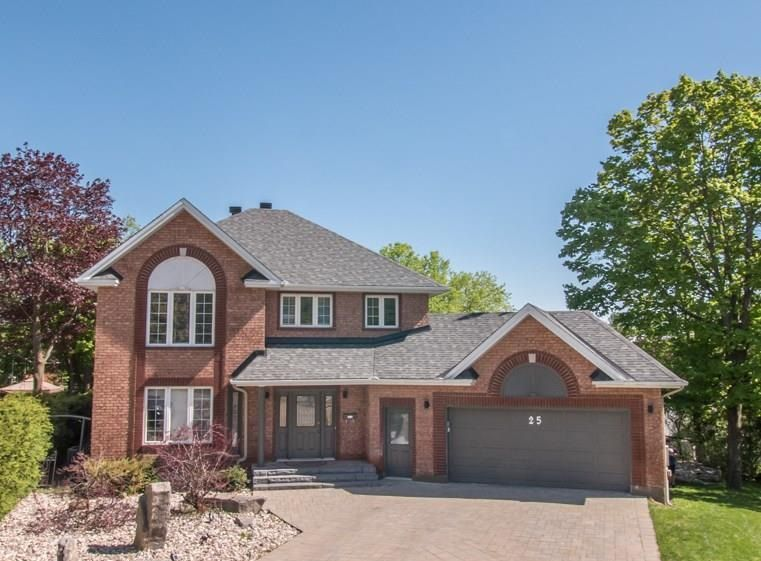Main Photo: 25 Taunton Place in Ottawa: House for sale (Rothwell Heights)