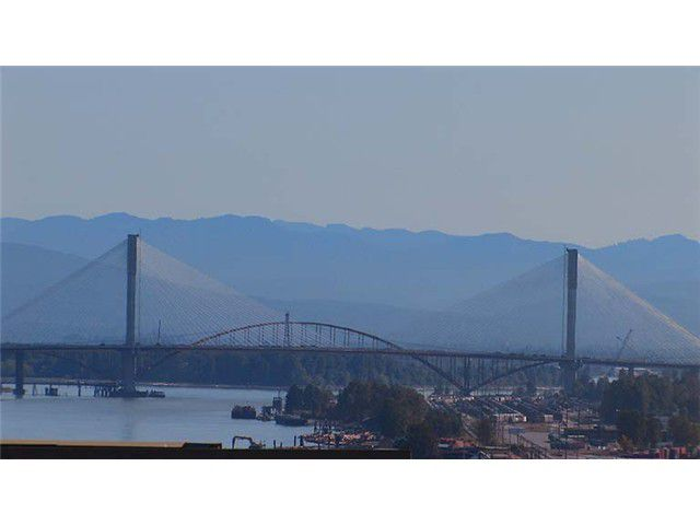 """Main Photo: 308 285 ROSS Drive in New Westminster: Fraserview NW Condo for sale in """"THE GROVE"""" : MLS®# V971218"""