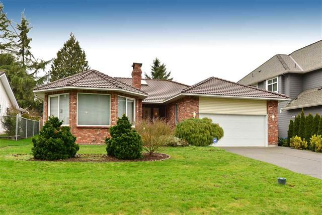 Main Photo: 16031 10th Avenue in Surrey: King George Corridor House for sale (South Surrey White Rock)  : MLS®# R2034064