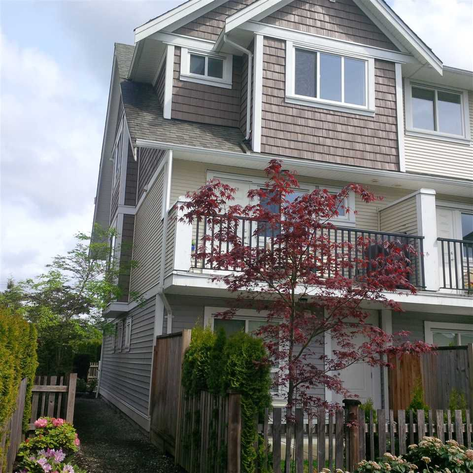 Main Photo: 16 7298 199A Street in Langley: Willoughby Heights Townhouse for sale : MLS®# R2262551
