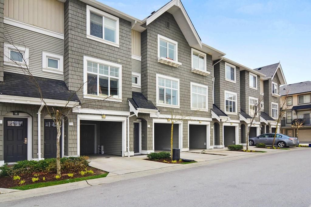 Main Photo: #33 31098 Westridge Place in Abbotsford: Townhouse for rent