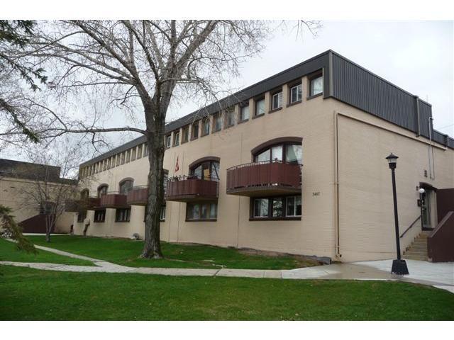 Main Photo: 3467 Portage Avenue in WINNIPEG: Westwood / Crestview Condominium for sale (West Winnipeg)  : MLS®# 1207136