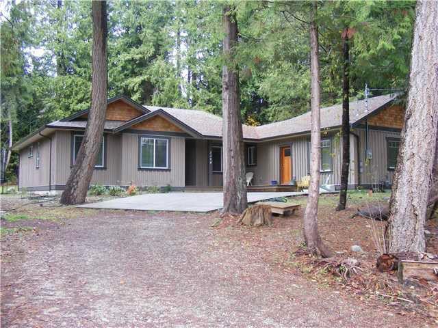 Main Photo: 3294 KRAUS RD: Roberts Creek House for sale (Sunshine Coast)  : MLS®# V1065328