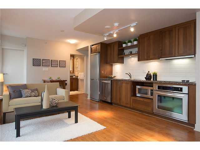 "Main Photo: 321 2268 W BROADWAY in Vancouver: Kitsilano Condo for sale in ""The Vine"" (Vancouver West)  : MLS®# V1073483"