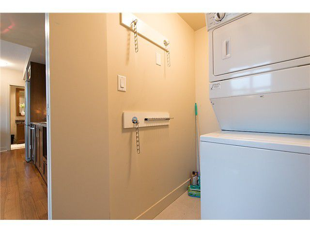 """Photo 13: Photos: 321 2268 W BROADWAY in Vancouver: Kitsilano Condo for sale in """"The Vine"""" (Vancouver West)  : MLS®# V1073483"""