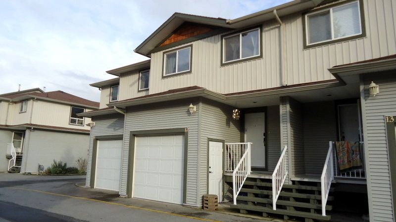 Main Photo: 12 39754 GOVERNMENT ROAD in Squamish: Northyards Townhouse for sale : MLS®# R2013701