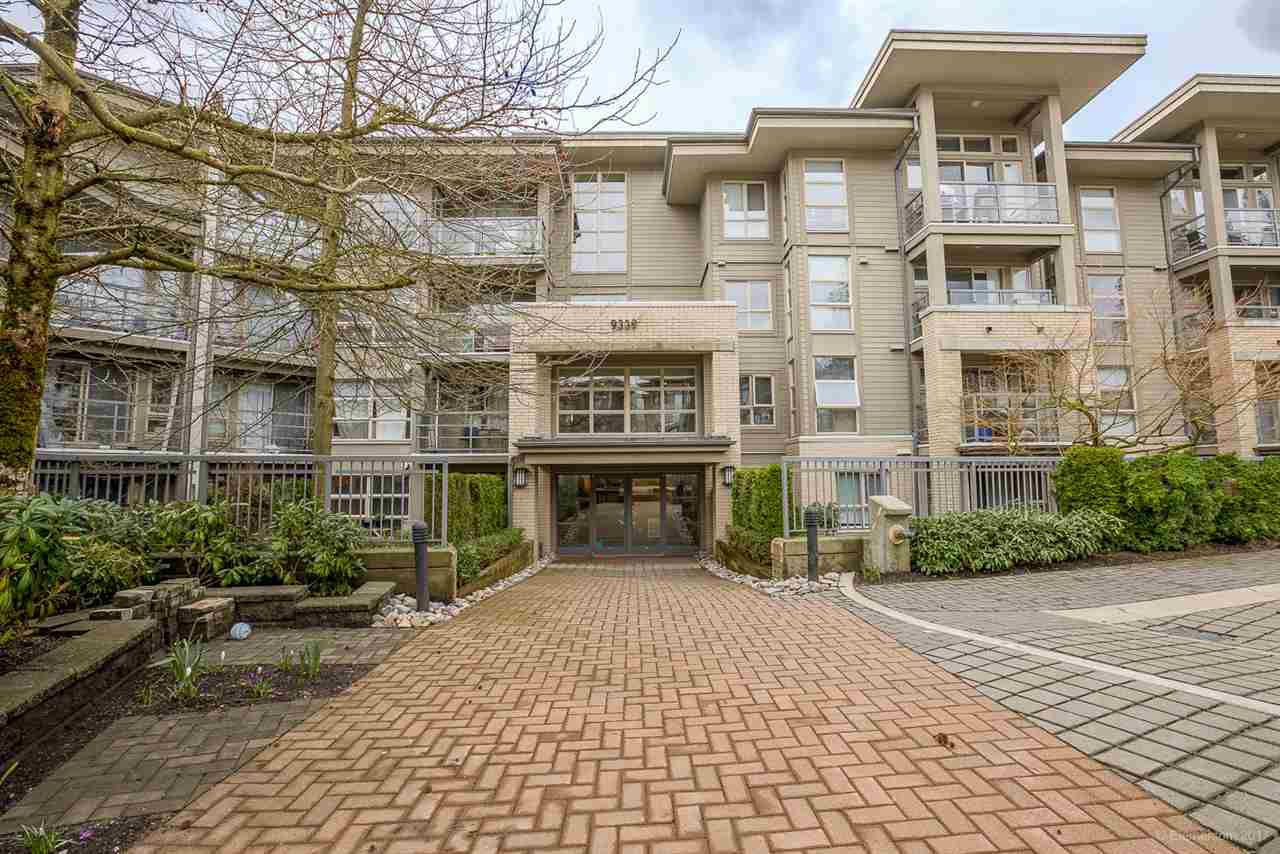 Main Photo: 507 9339 UNIVERSITY CRESCENT in Burnaby: Simon Fraser Univer. Condo for sale (Burnaby North)  : MLS®# R2153956