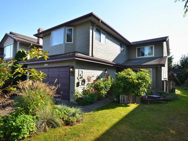 "Main Photo: 4882 54A Street in Ladner: Hawthorne House for sale in ""HAWTHORNE"" : MLS®# V971177"