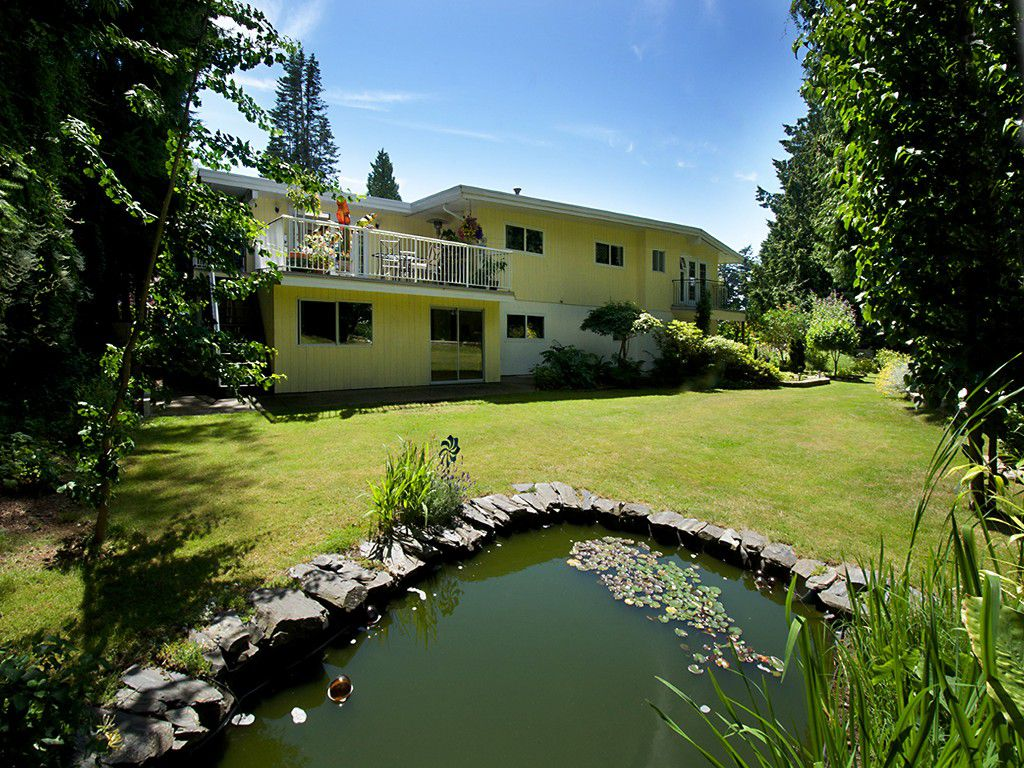 """Main Photo: 1026 PACIFIC Place in Tsawwassen: English Bluff House for sale in """"THE VILLAGE"""" : MLS®# V1075531"""