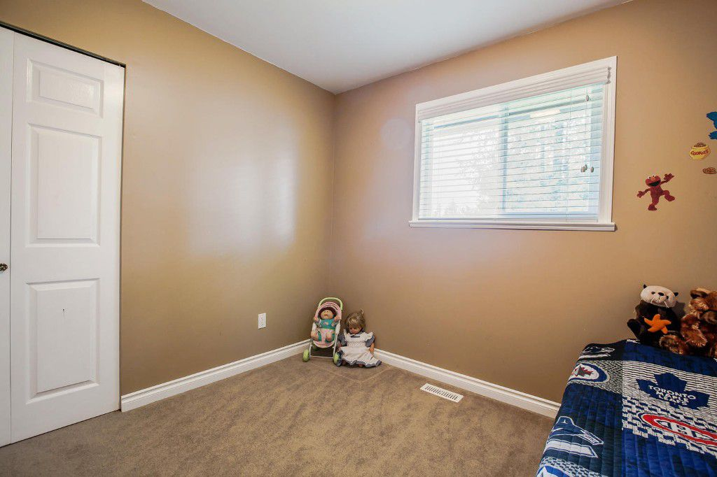 Photo 41: Photos: 4156 207A Street in Langley: Brookswood House for sale